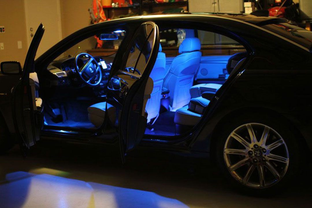 Car-Lighting-and-Accessories