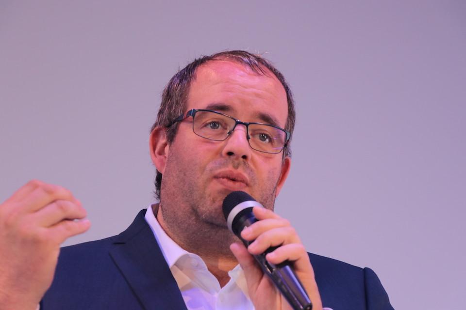 Cédric Debacq conférencier social selling