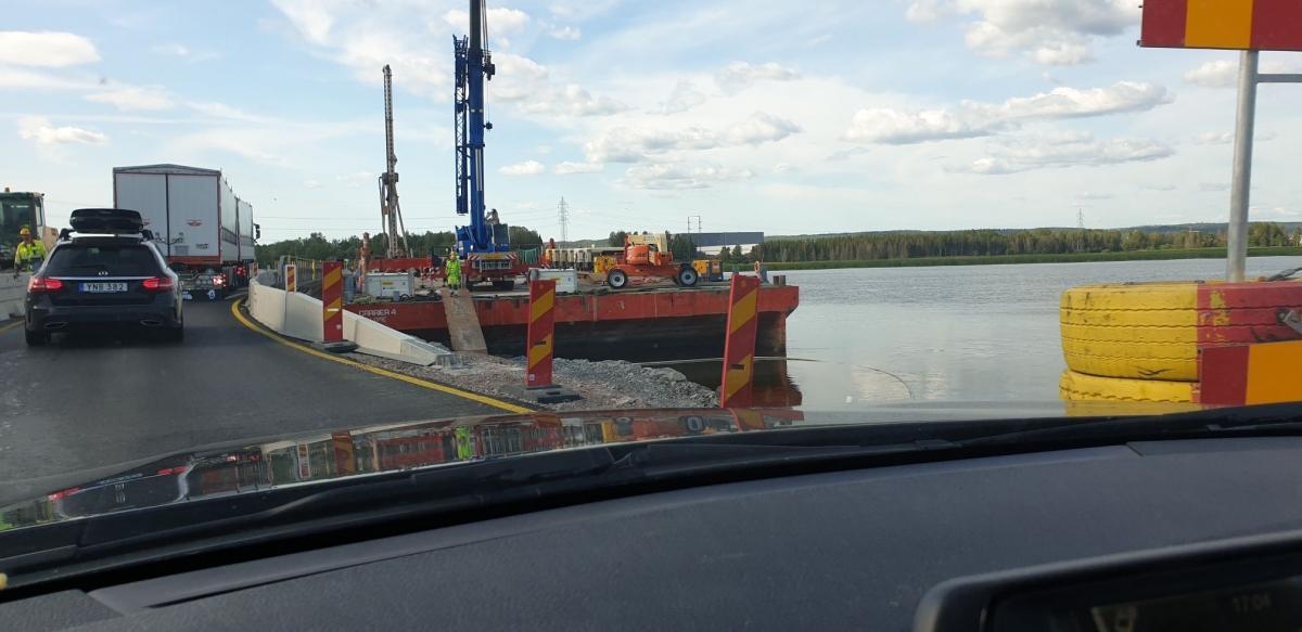 Working pontoon Carrier 4