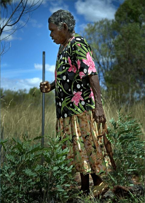 a photo of an Alyawarran walking