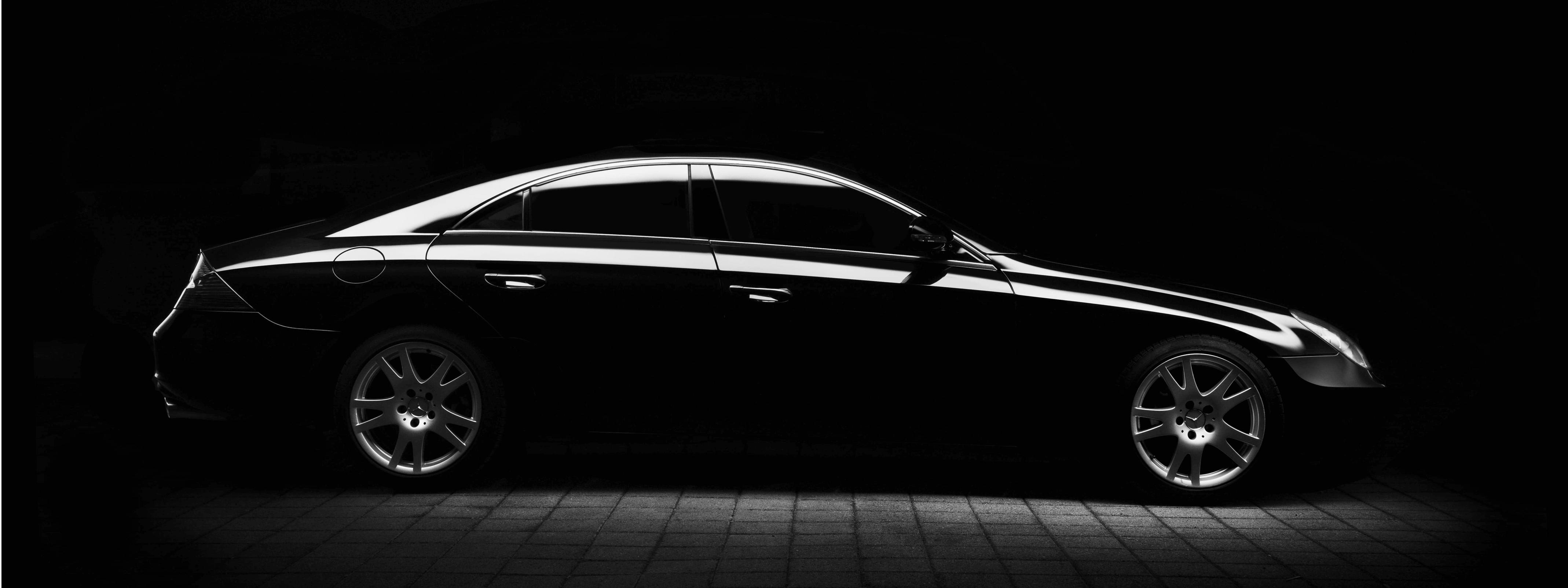 Mercedes Benz garage in Bristol, UK
