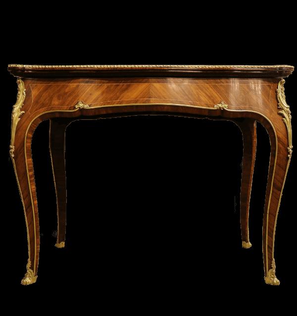 19th centuryFrench Walnut and kingwood fold over tea table