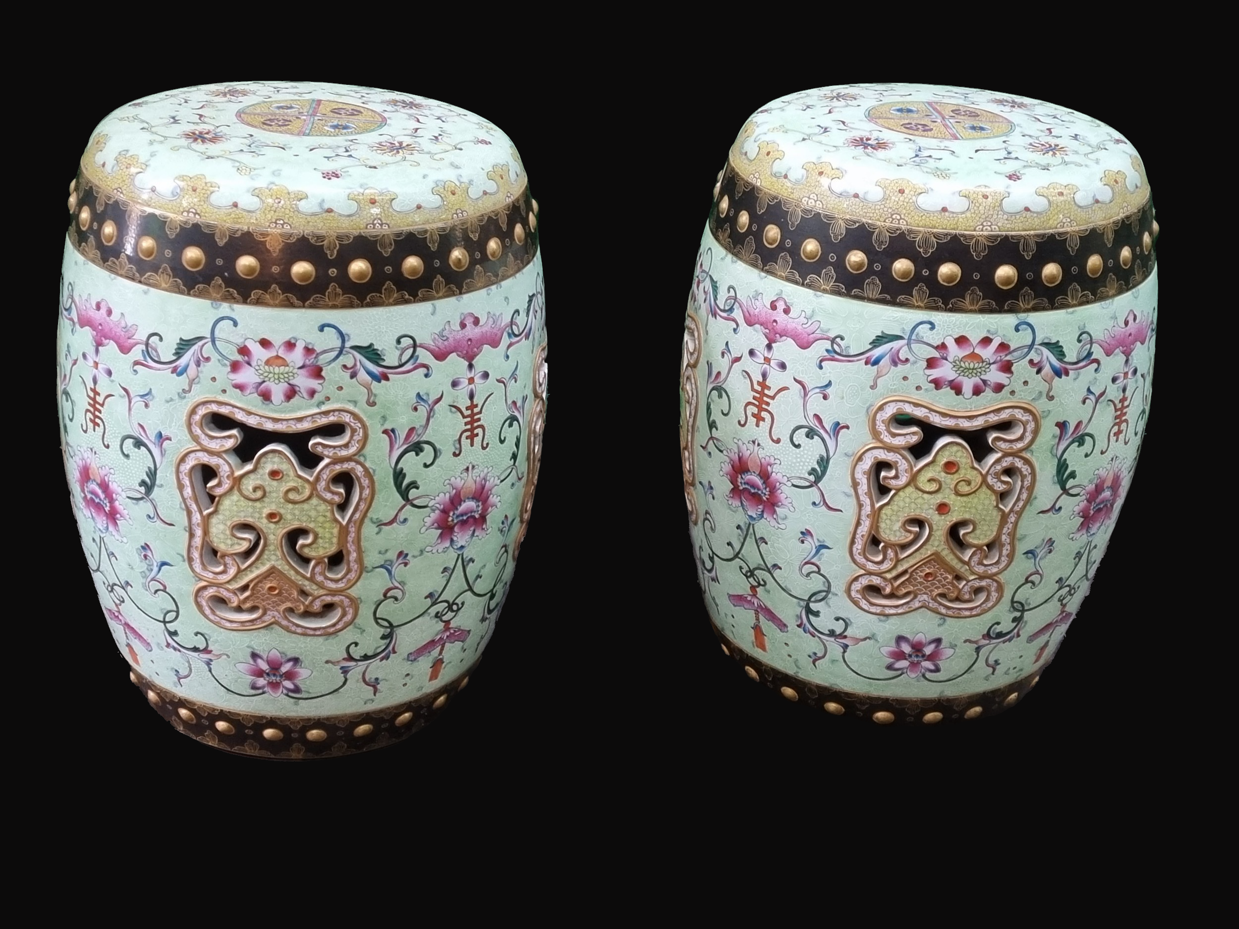 A Magnificent Pair of Chinese Enamelled Porcelain Garden Seats