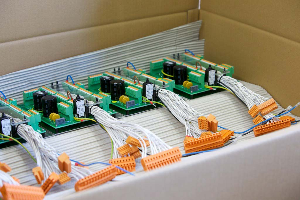 Modul aus Heizelement und elektronischer Steuerung für ein Schwörer-Passivhaus
