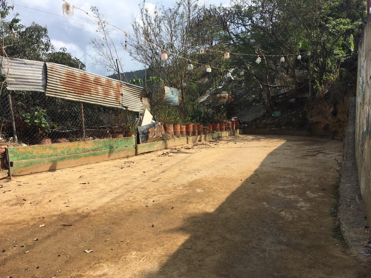 Cancha de Bolas Criollas en el sector La Cruz