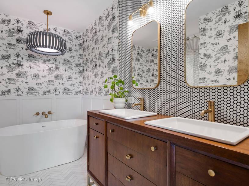 bath & bronze plumbing fixtures
