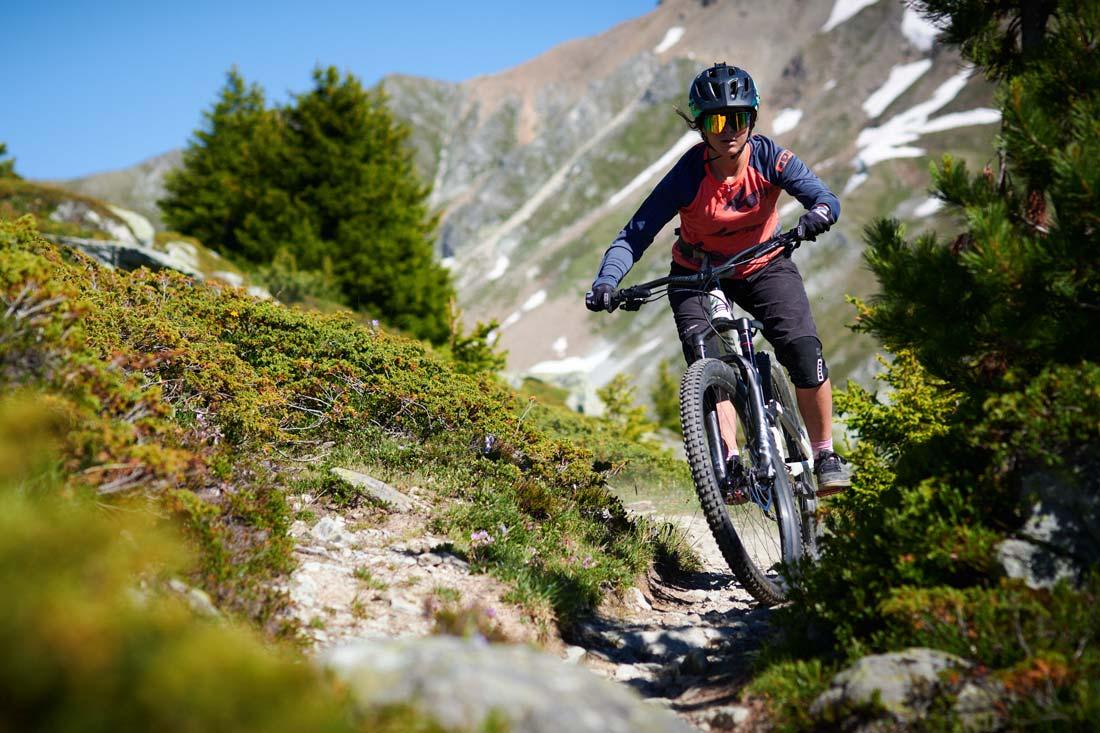 Juliette Willman enjoying some epic single trails in Chamonix