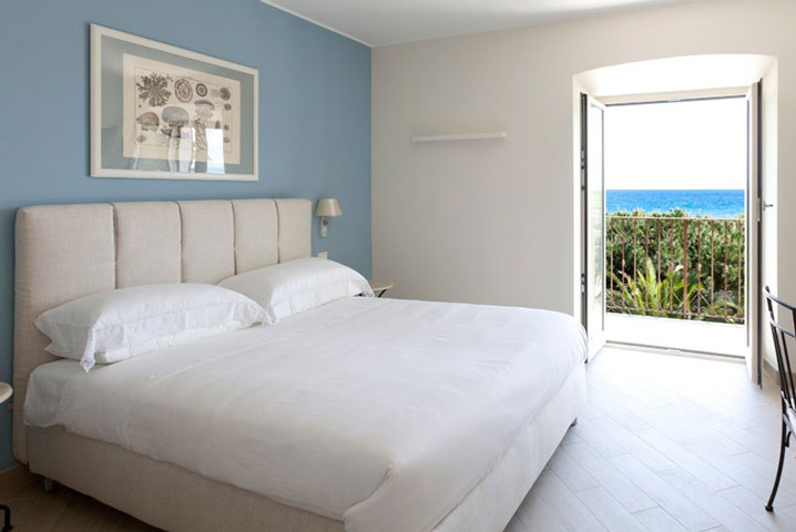 Double room with sea view  at the Hotel San Pietro Palace