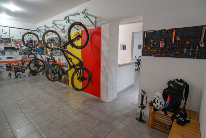 Bike storage in Hotel San Pietro Palace in Finale Ligure