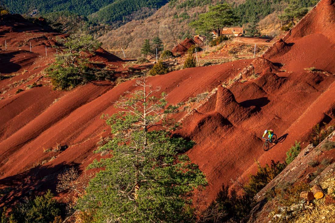 Red dirt in Berga reminds us of mountain biking in Moab