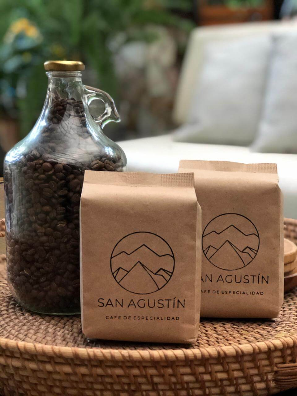 This is the exquisite blend that started it all. Named after the latest member of the Molina family, Agustín. We use some of the best varieties we grow. A cup of San Agustin has a complex body and a well balanced sweetness with bright acidity and citrus aromas.