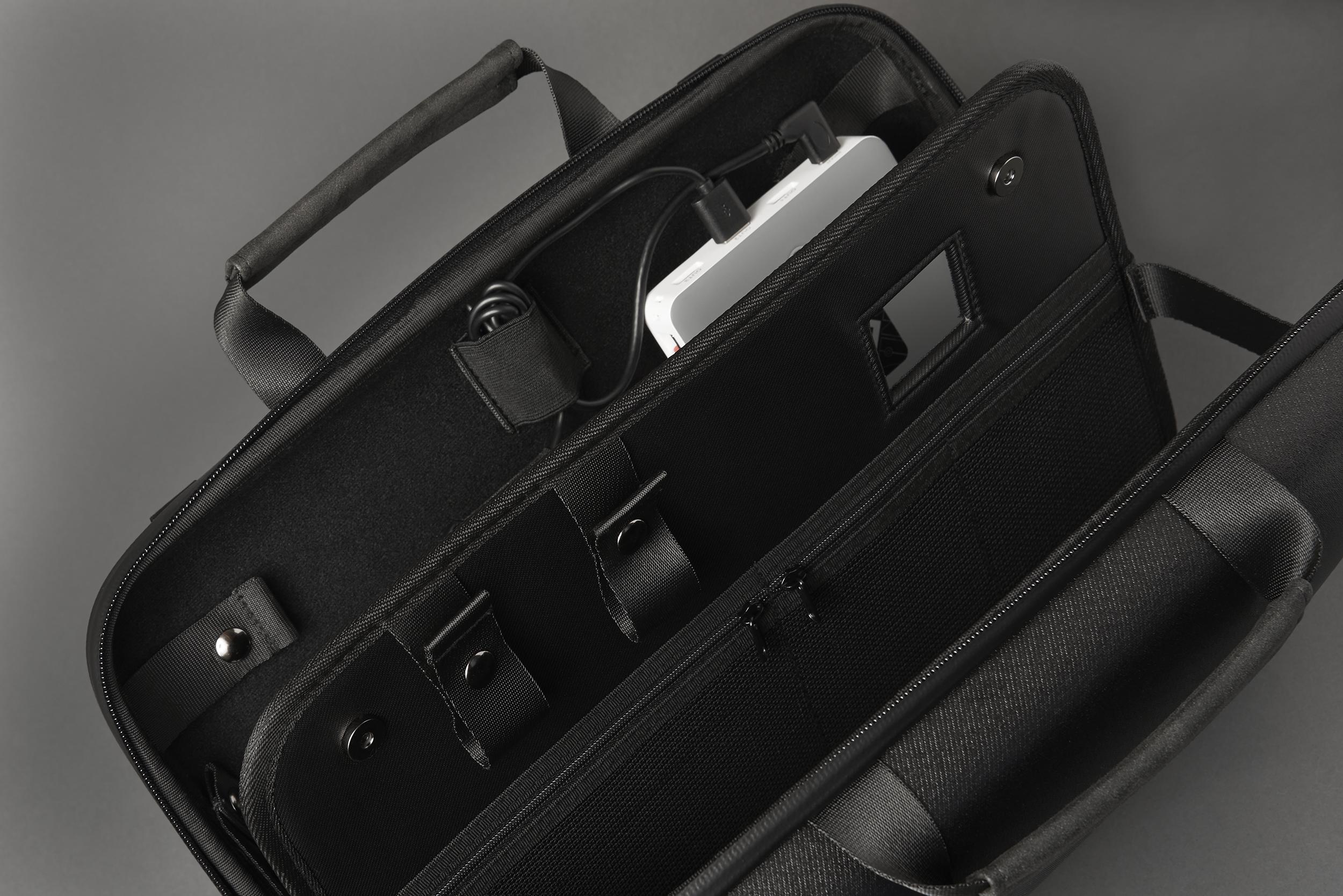 Gemvision Vuzix  AR carry case industrial design samples