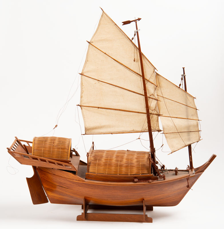 China 20th century - Model of a junk boat