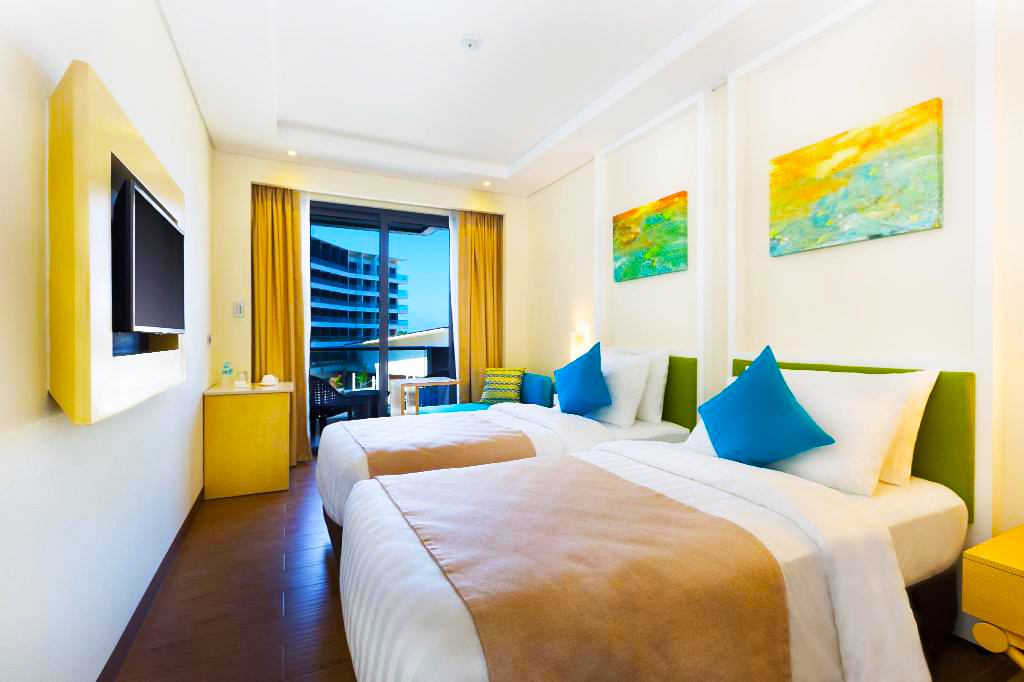 Savoy Twin Suite with Balcony