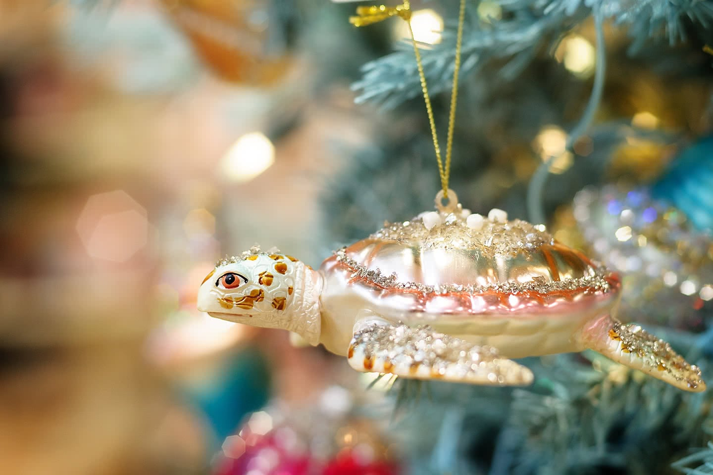 From Under the Sea - Magical Sea Life Ornaments with Starfish and Sea Turtles