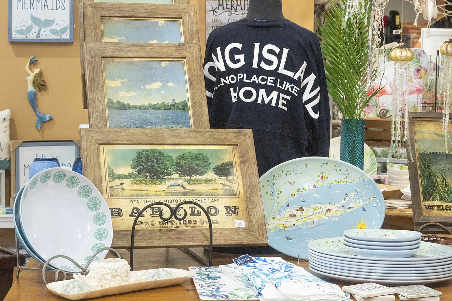 Long Island Fashion, Wall Art, Home Decor and dinnerware