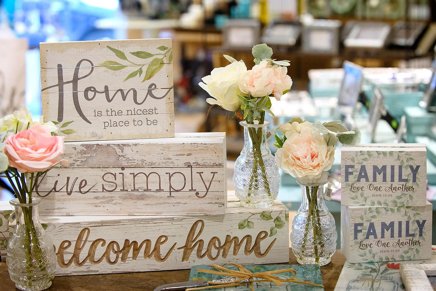 Home and Family Signs, Decor and Wall Art