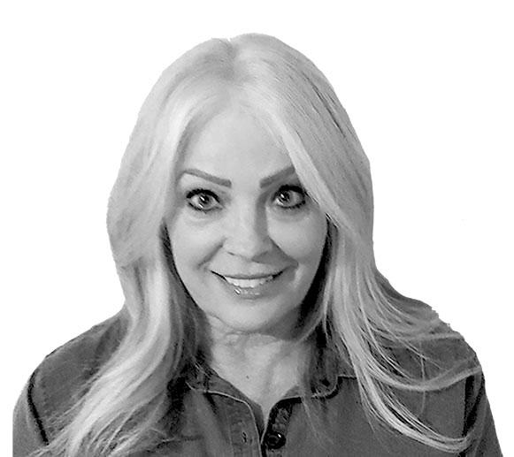 Lynette Stwertnik