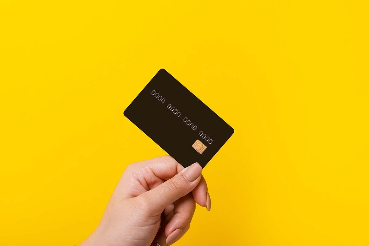 credit card crunch fall us to debt aspiral