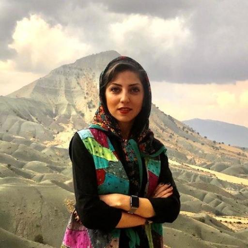 Sarah Helmzadeh