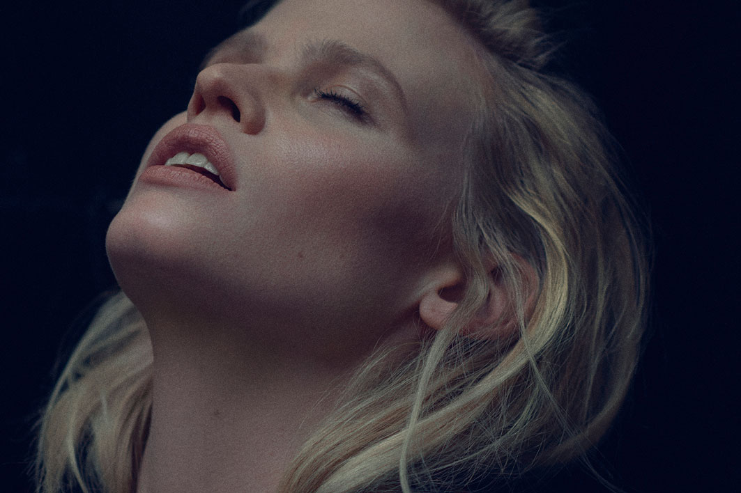 Portrait of Lara Stone by Alex Waltl
