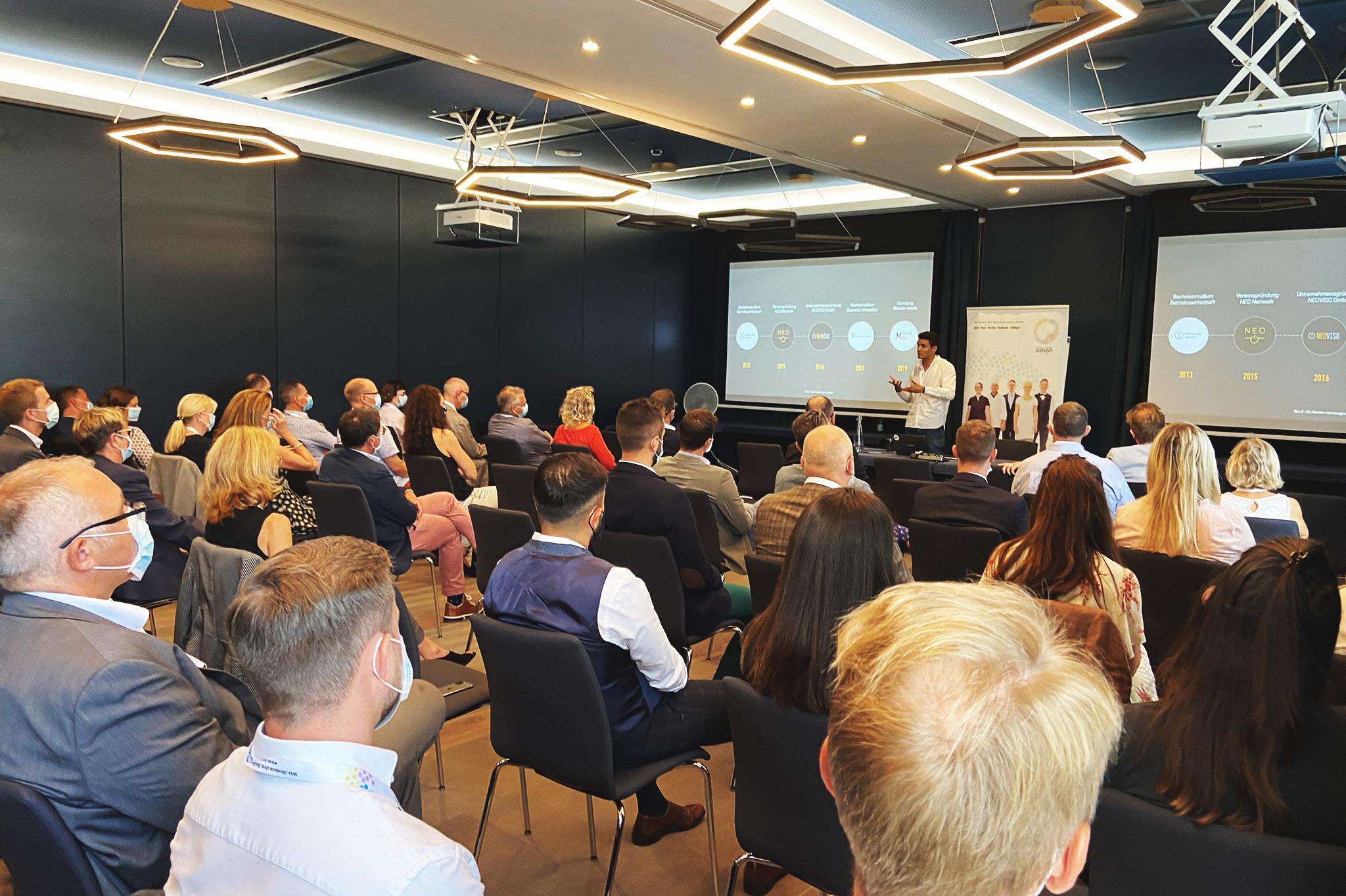 Das Publikum bei einem Talk von Yannick
