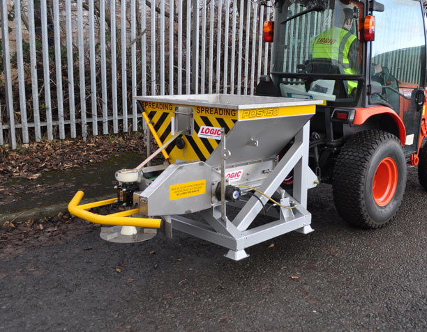 Compact Tractor Salt Spreader PDS150T 02