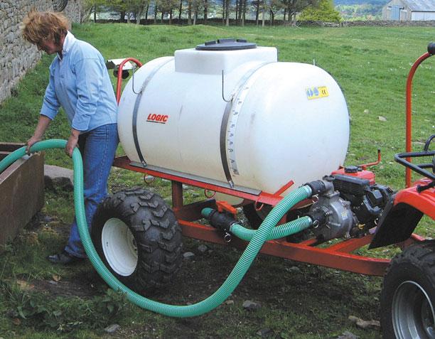 Trailed Bowser Range SLB620/H/HM in use on farm