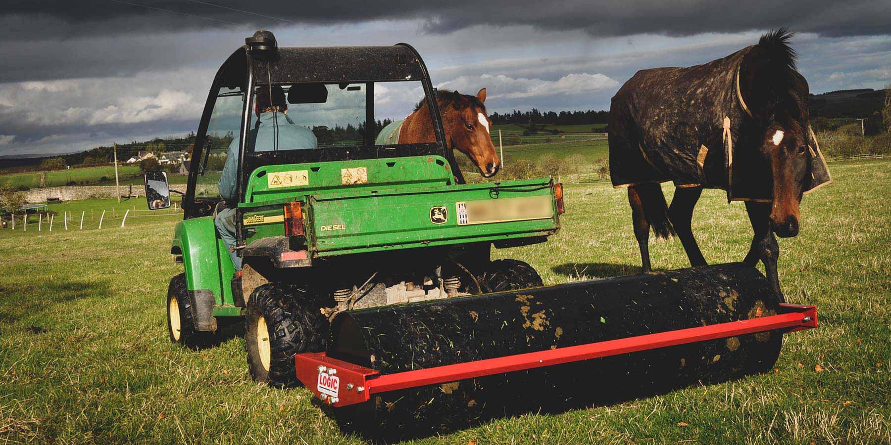 UTV ATV Ballast Roller BR with horse on farm