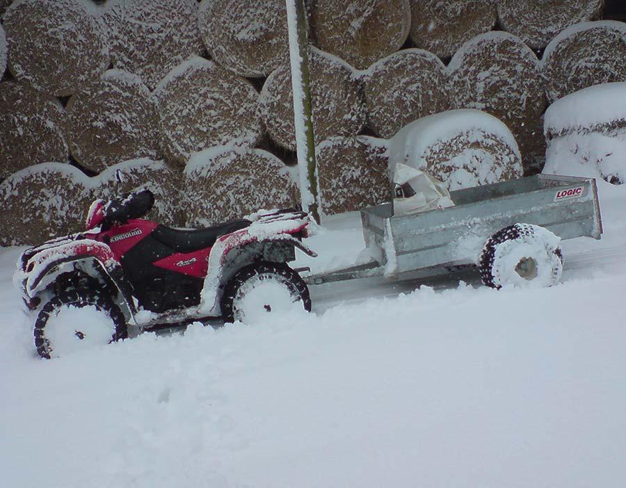 UTV ATV Off-Road Trailer STT in snow 01