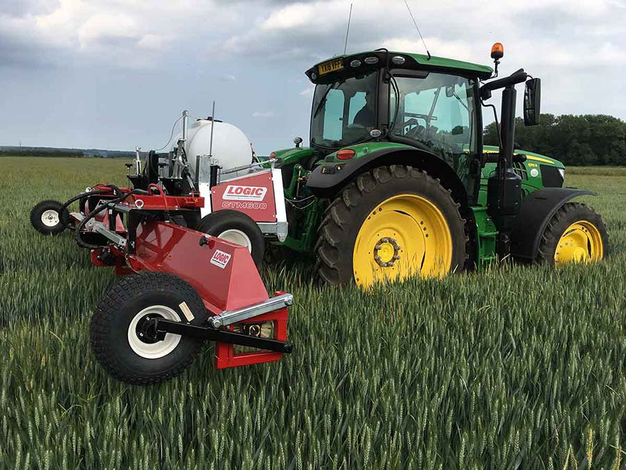 Tractor Mounted Weed Wiper - CTM600 (Grassland) 01