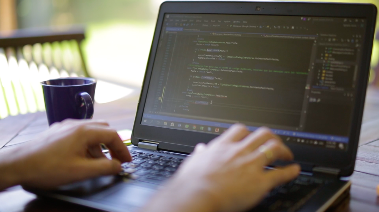 Onshore vs Offshore vs Nearshore Software Development - Which is Best for You?