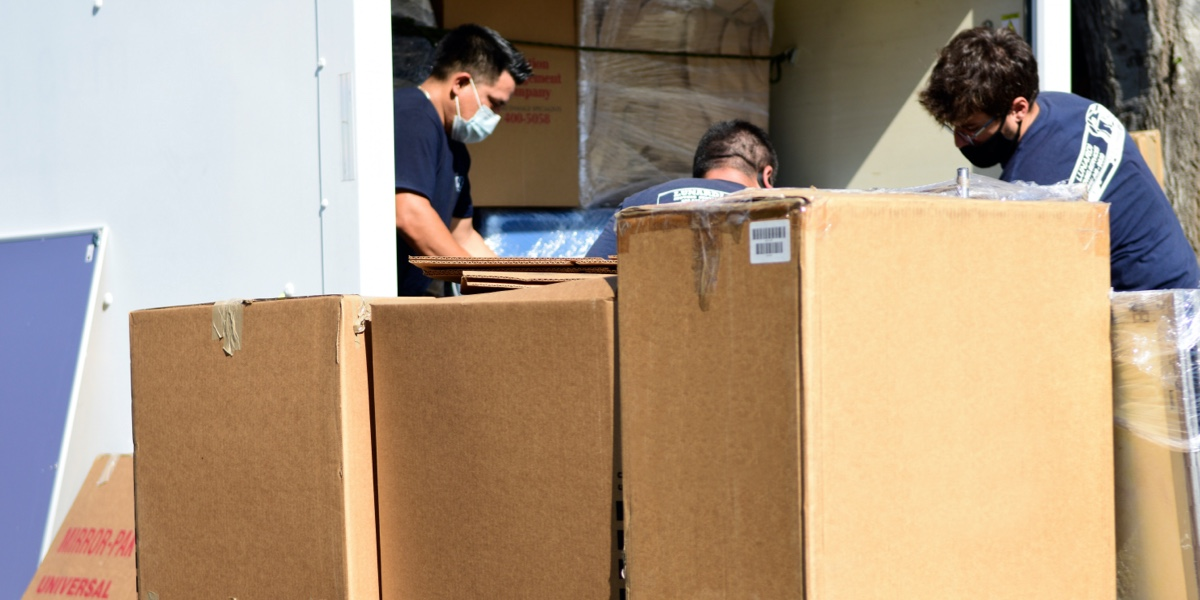 It is never easy to move, especially if you are doing it for the first time. However, when relocation takes you to another part of the country, then things can get even more complicated. Not having enough experience in moving can make you feel...