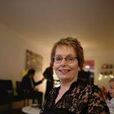 Annelies Hollenberg-Bruijns review