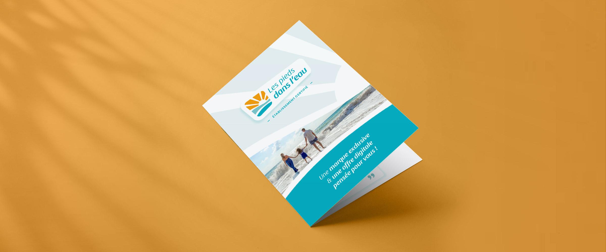 Les pieds dans l'eau couverture brochure