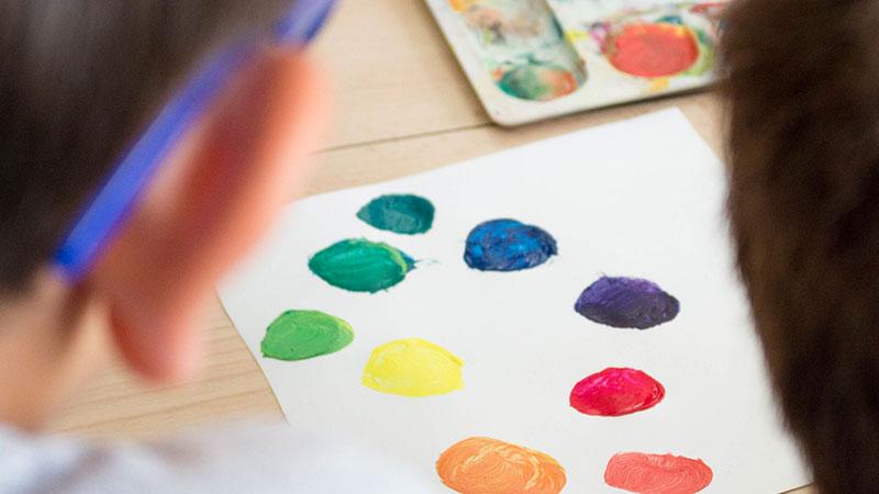 Ateliers mélange de couleurs peinture