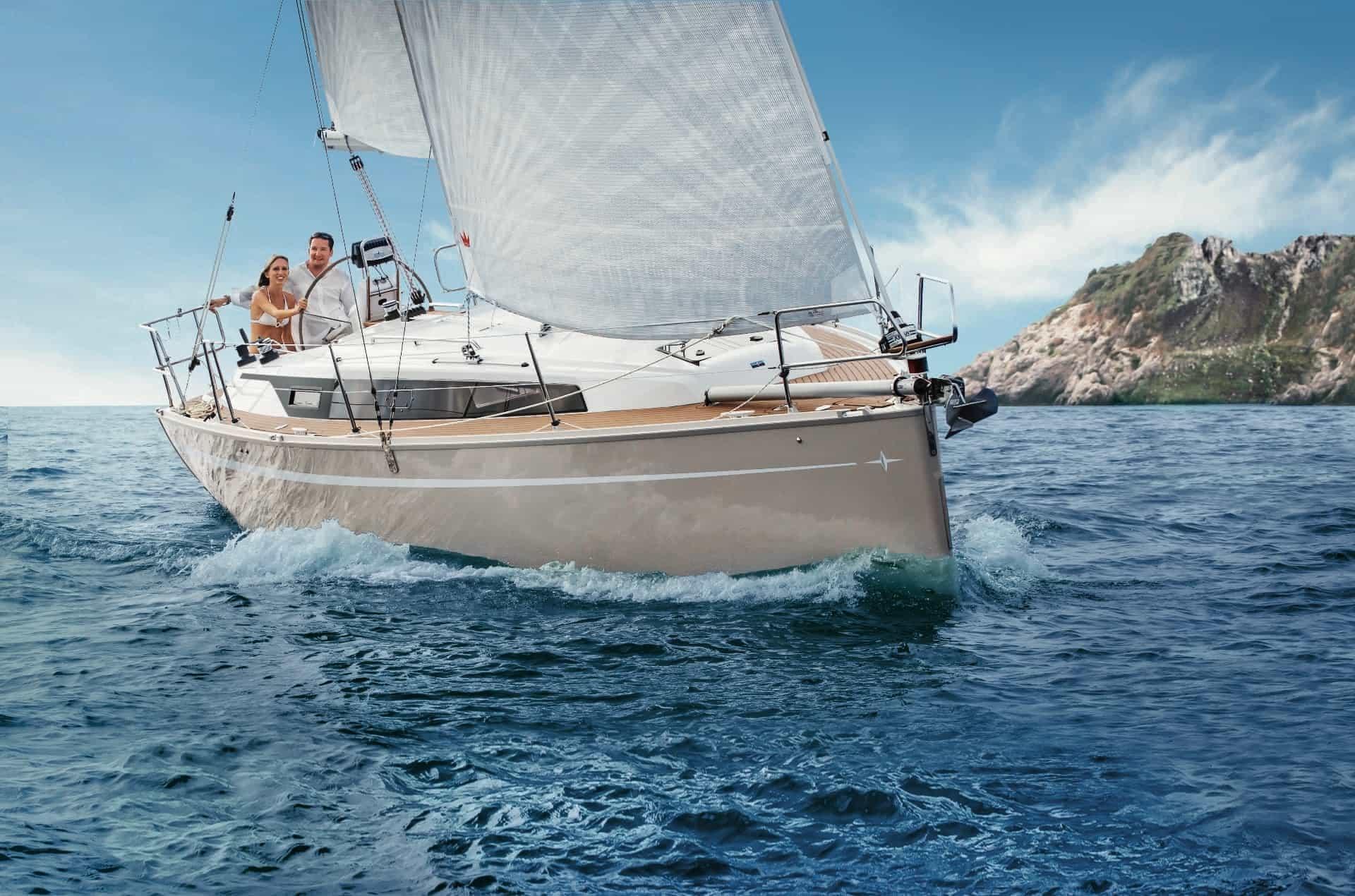 Bavaria Cruiser 34 exteriör