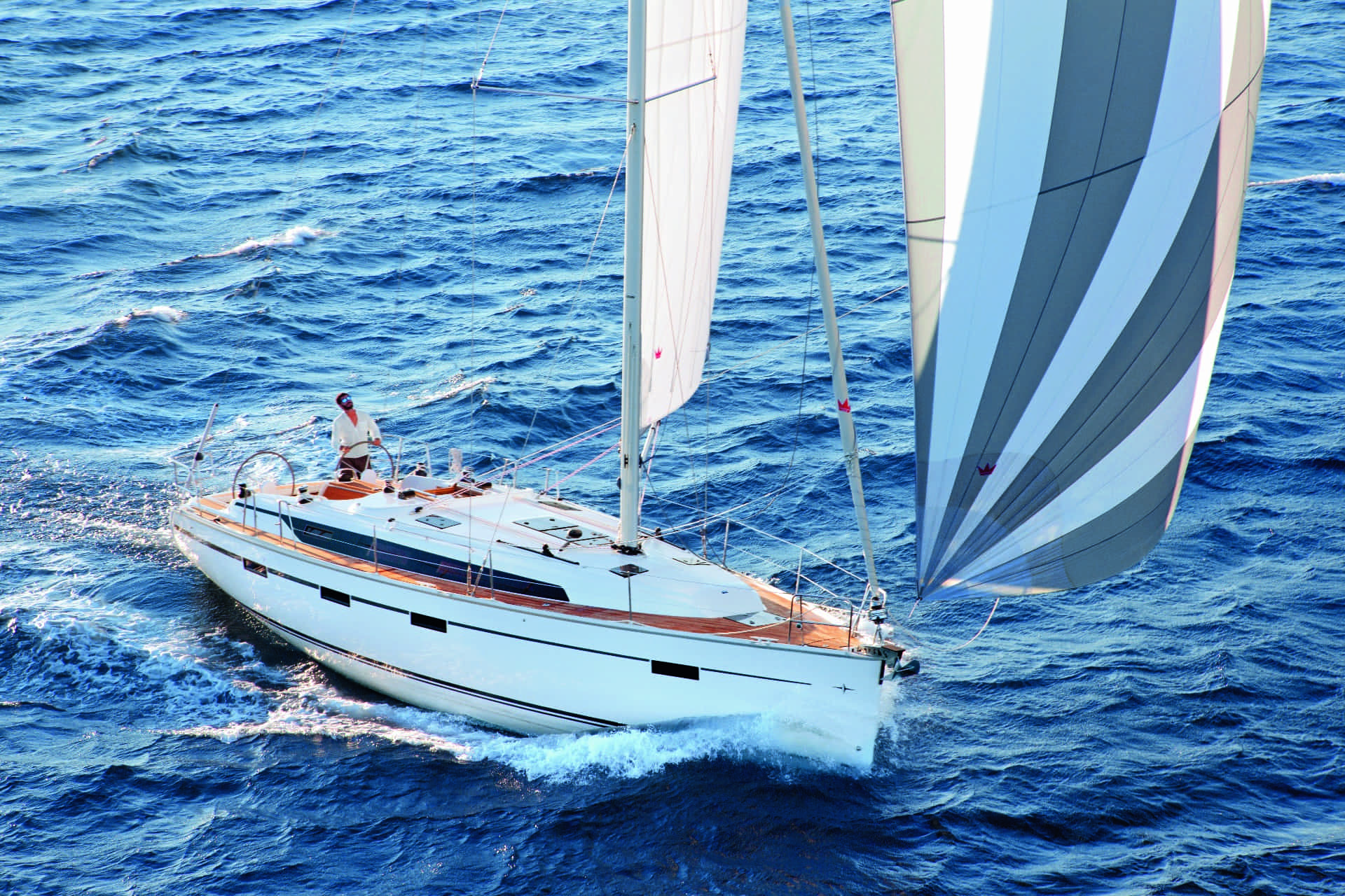 Bavaria Cruiser exteriör