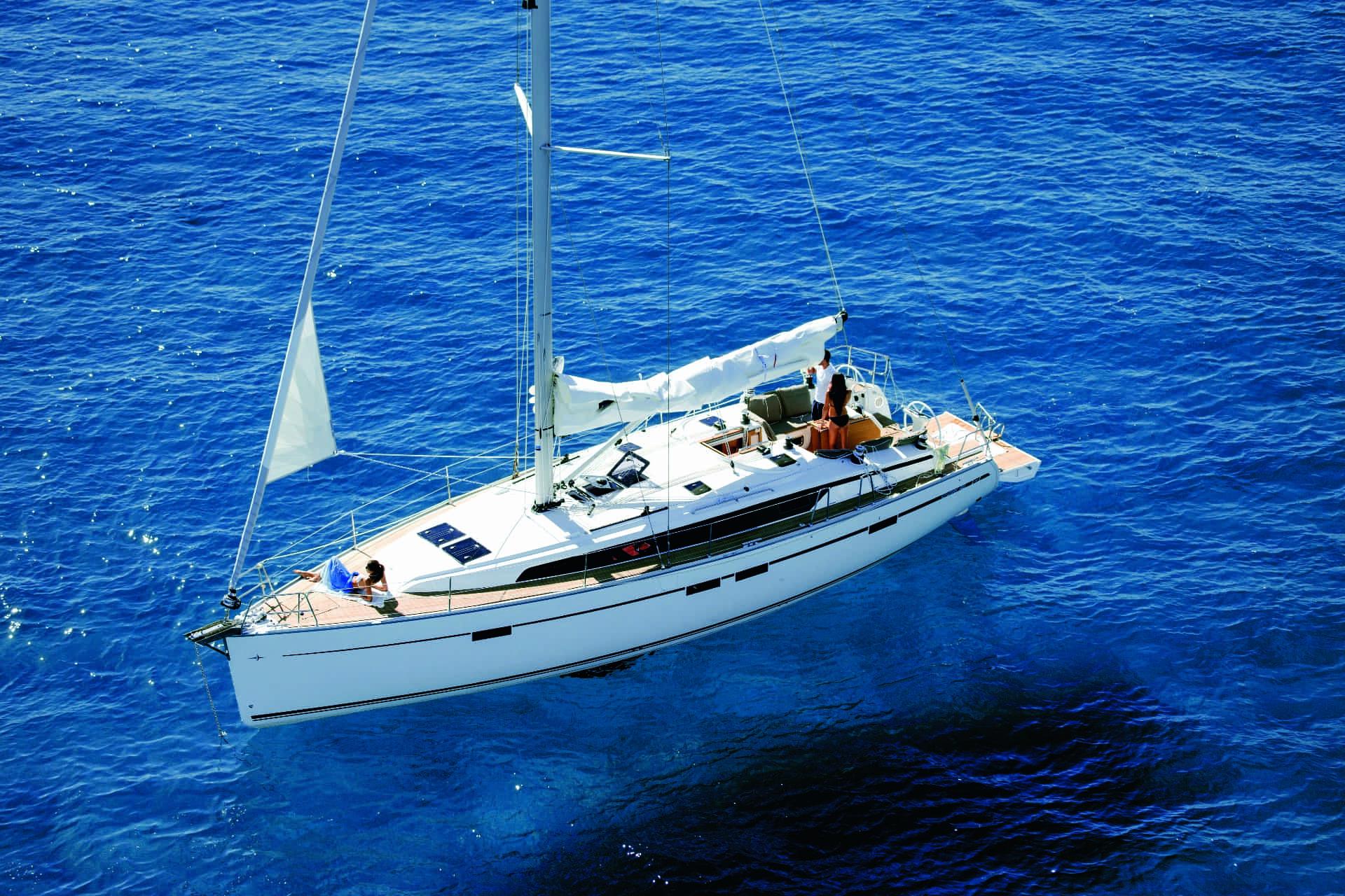 Bavaria Cruiser 46 exteriör