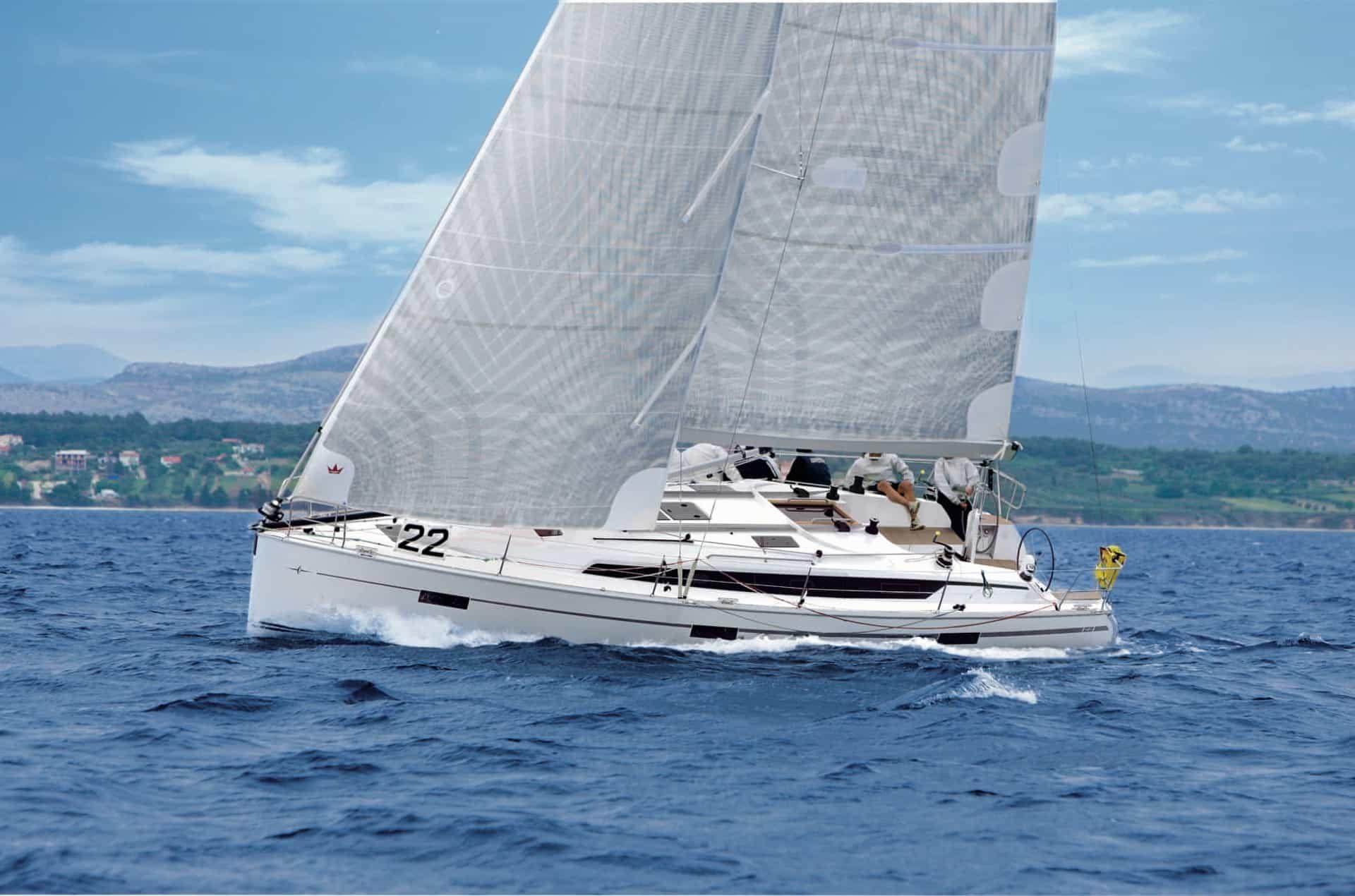 Bavaria Cruiser 41S exteriör