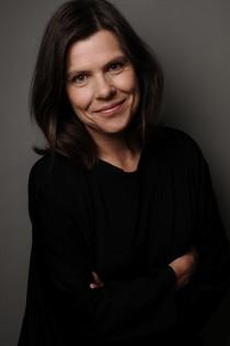 Christina L Persson