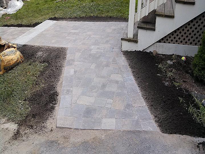 new england landscaper Arlington, MA paver walkway, granite steps