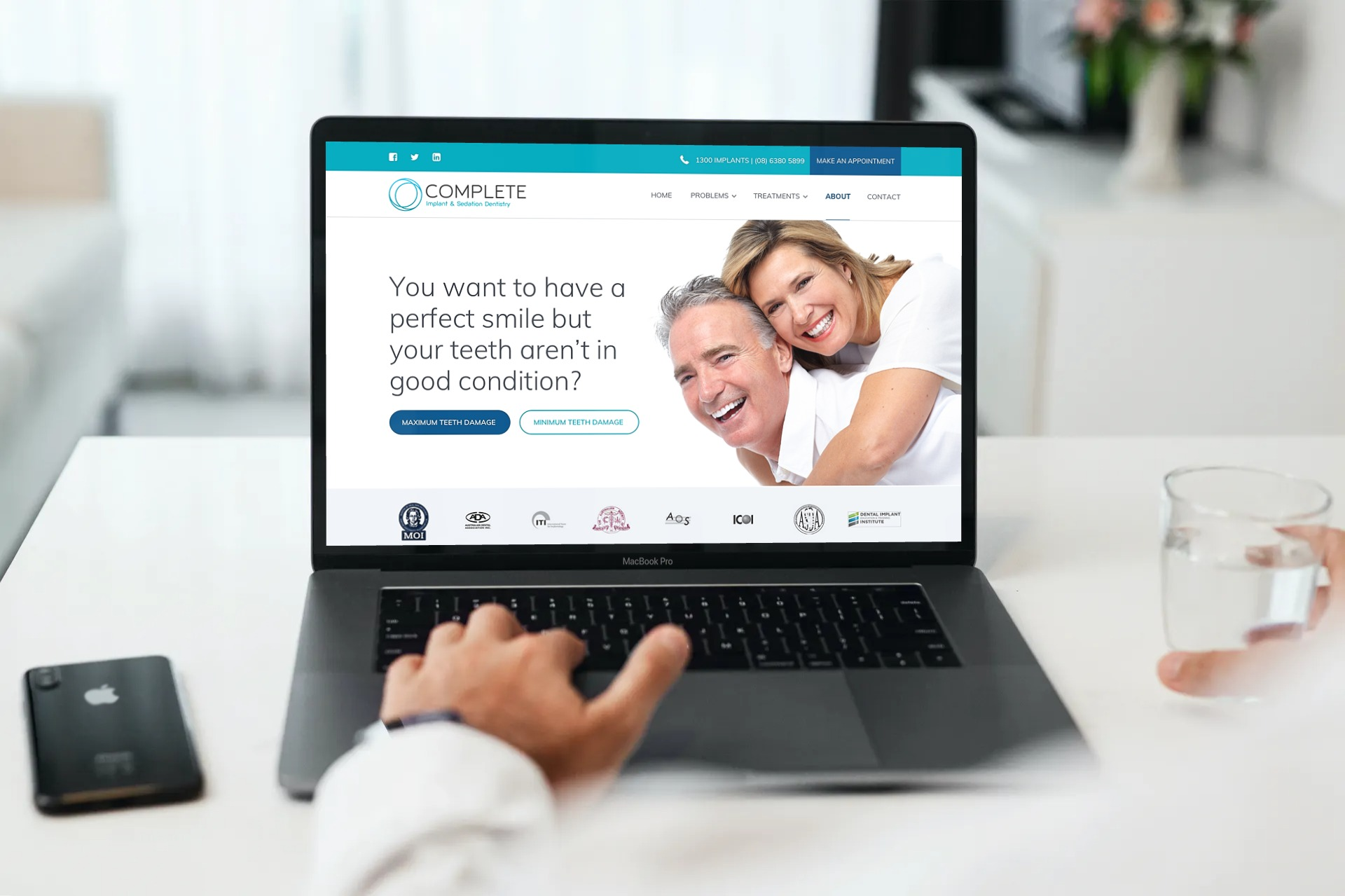 Complete Implant & Sedation Dentistry (now Perth Implant Dentistry) website has compact content.