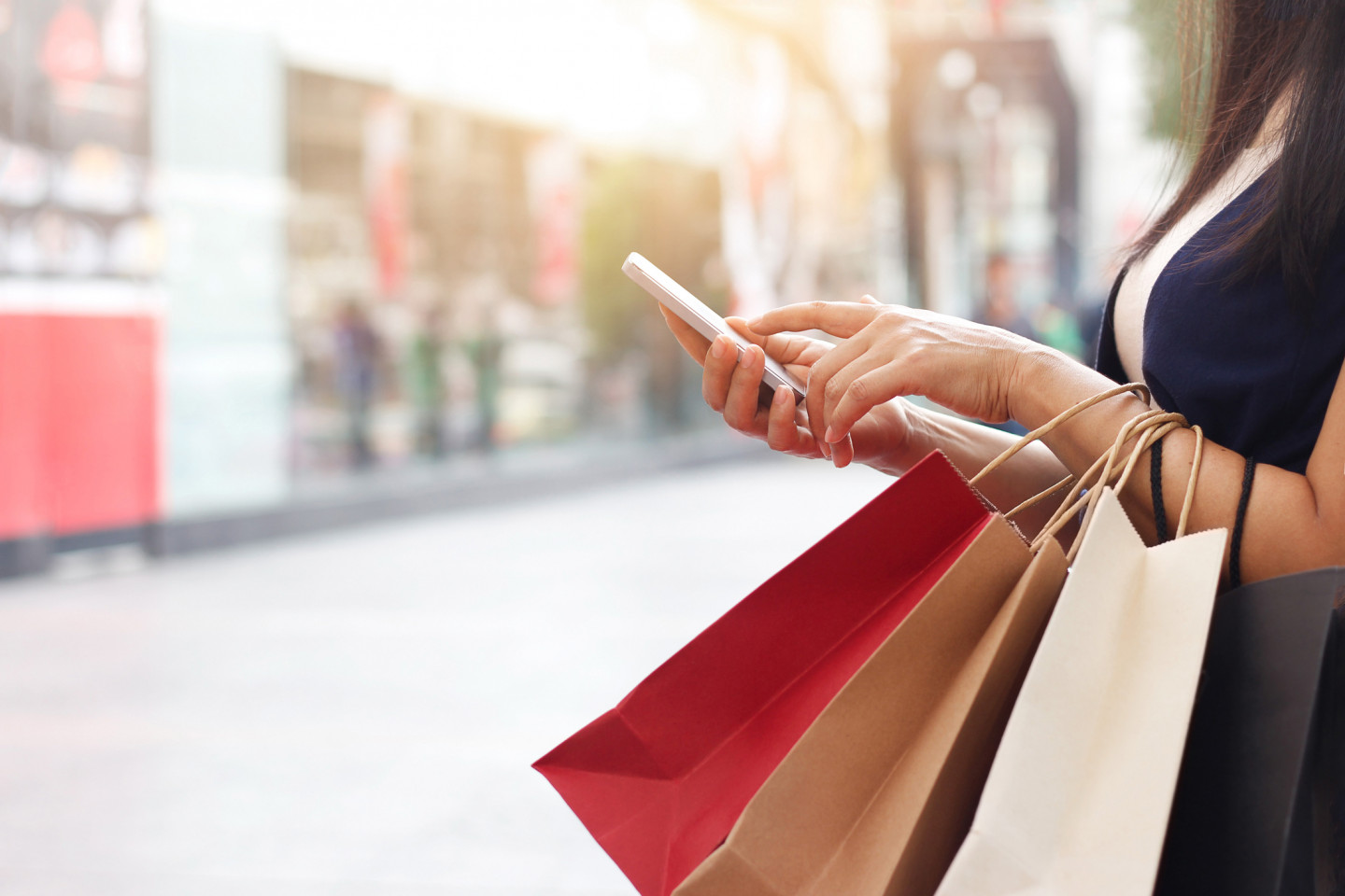 Beacon in Retail: The New Shopping Experience