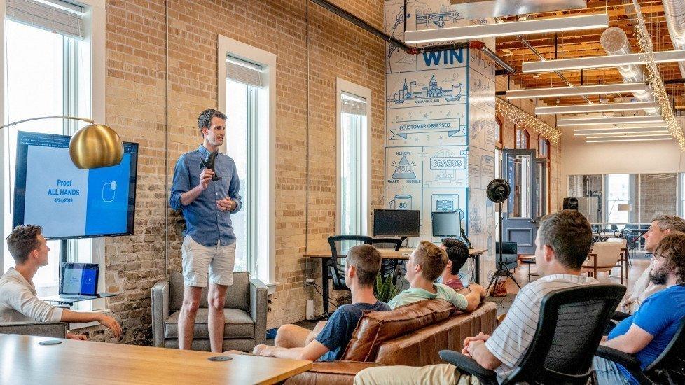 Hey, Men in Tech: 10 Tips for Solving Your Pipeline Problem | by Katrinskaya | TheLi.st @ Medium | Medium