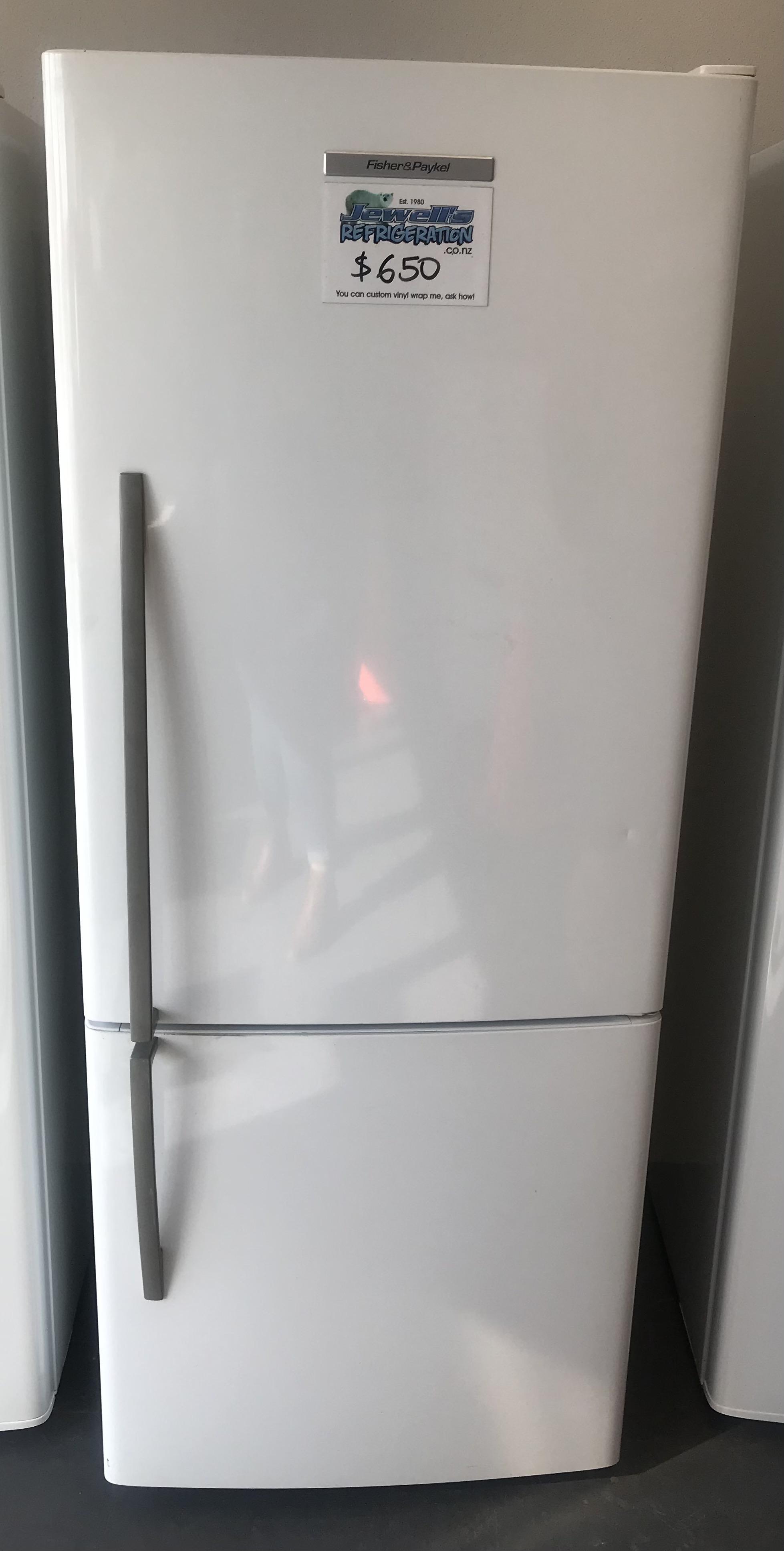 F&P Fridge/Freezer
