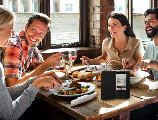 How Pay-At-The-Table Technology is Helping Restaurants Overcome the Staffing Crisis