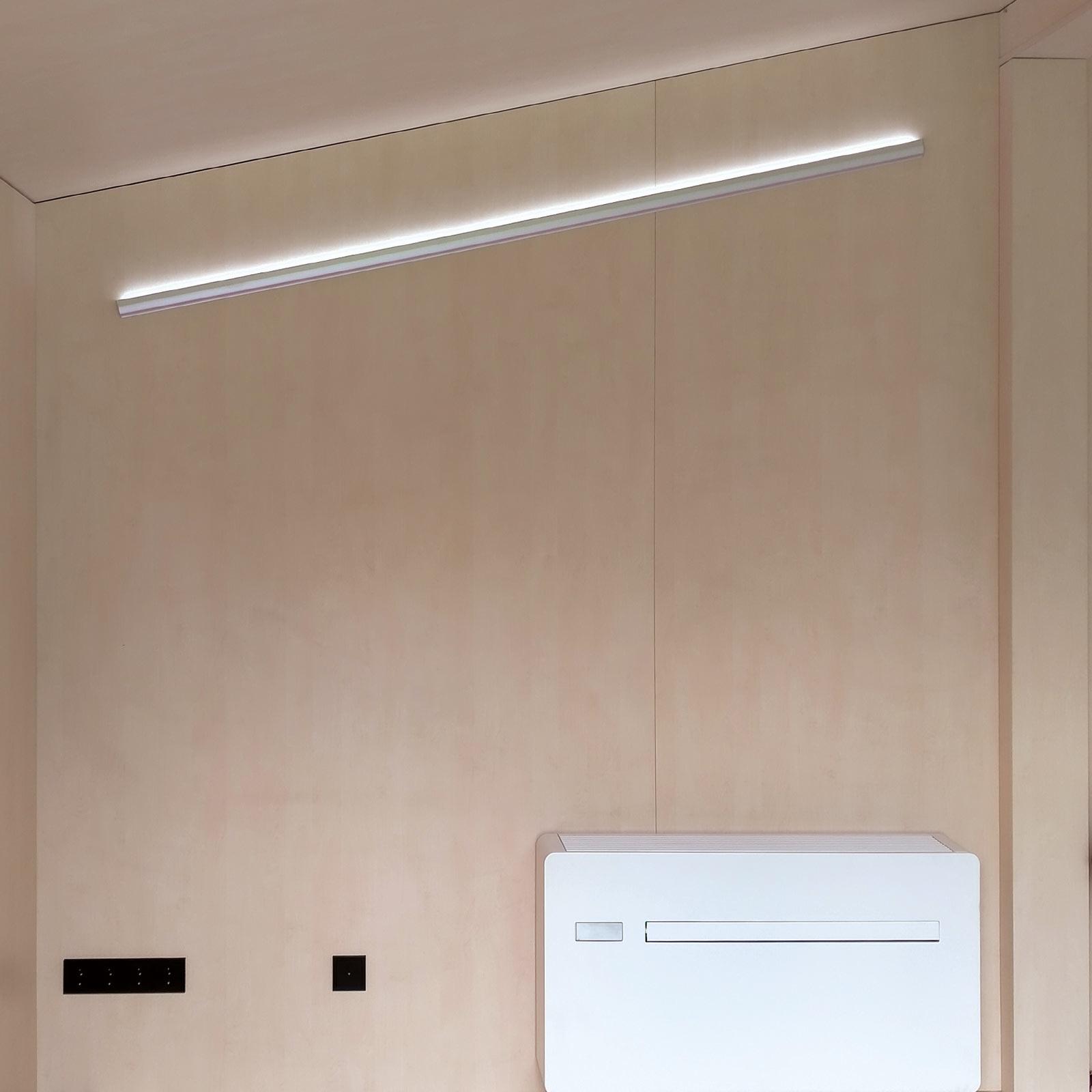 ZaaK® ZDL3 van binnen met lichtbalk en klimaatinstallatie.