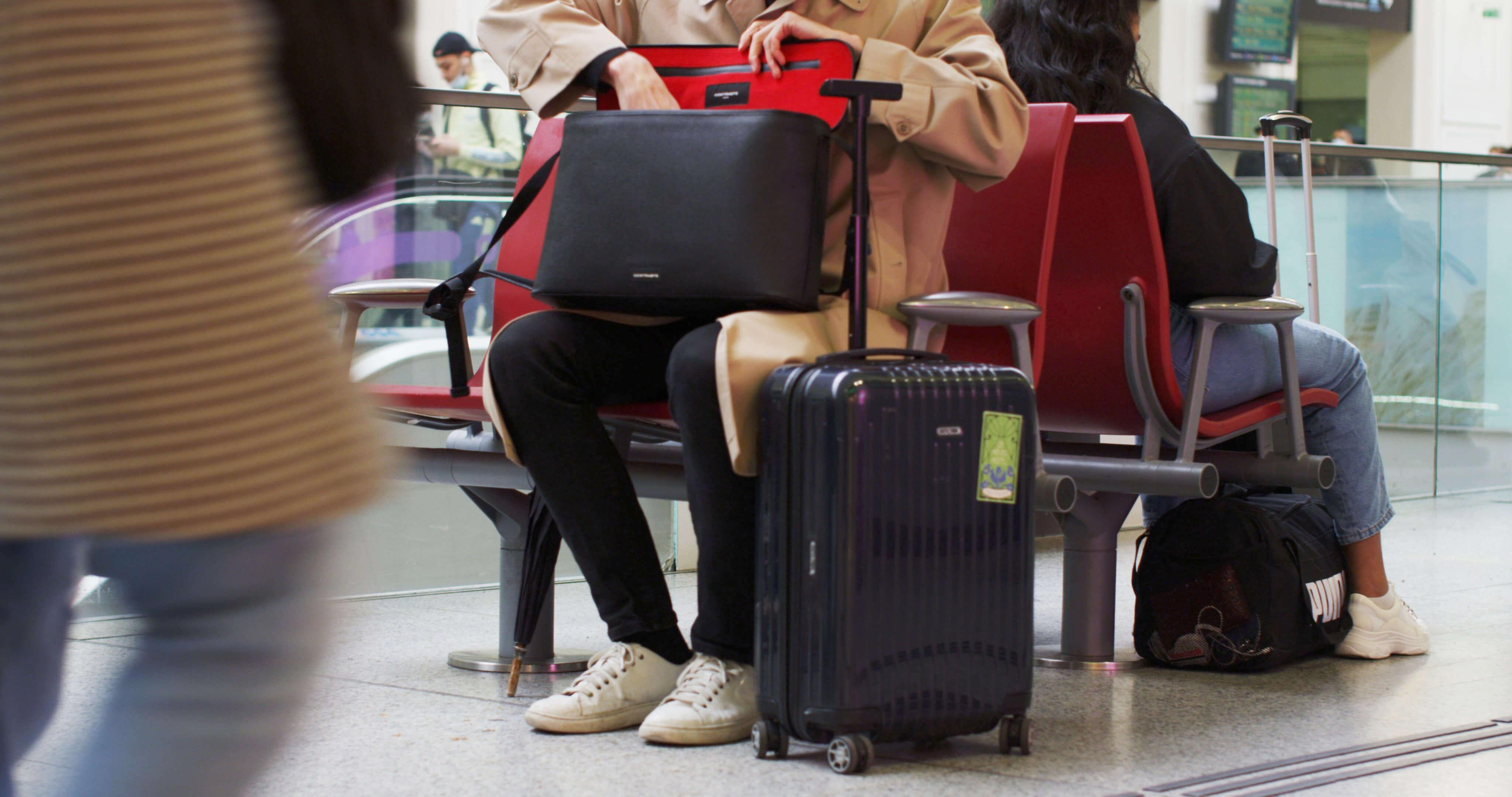 sac photo bandoulière contraste paris cuir noir étanche voyage photographe compact messenger leica ordinateur femme randonnée messenger gare
