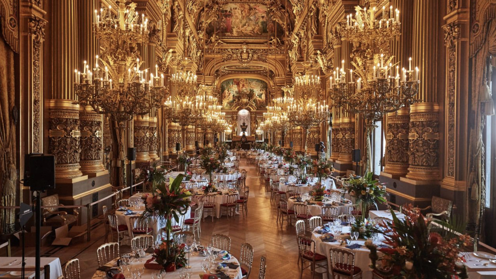 contraste paris reception